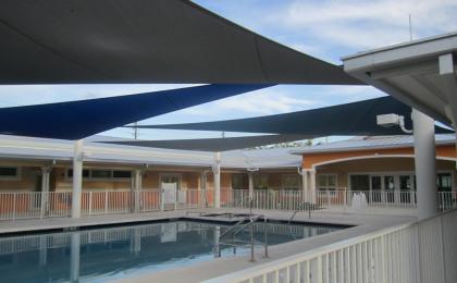 Arcola Lakes Park Senior Center & Pool